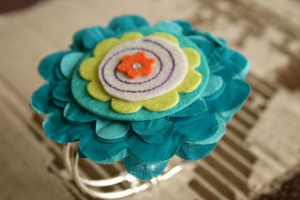 Dena-felt-flower-bracelet