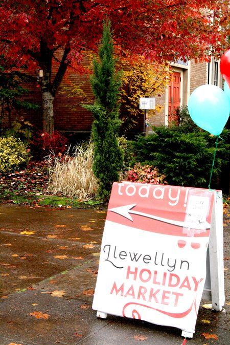 2011 Nov Llewellyn Holiday Market
