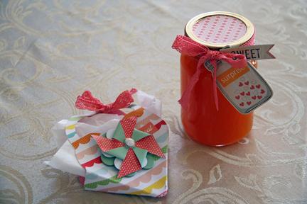 Peach gifts