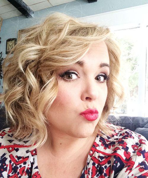 christytomlinson: as promised!.. wavy hair tutorial :)